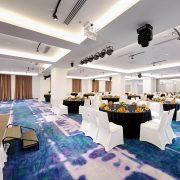 Danang-Golden-Bay-Ballroom-Round-Tables-02